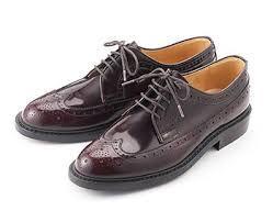 メンズビジカジの靴は?外羽紐付き革靴が基本